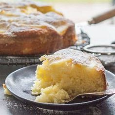 Easy Italian Pear Cake, a delicious moist Italian cake made with fresh pears and mascarpone. A perfect breakfast, snack or anytime cake recipe. Beaux Desserts, Just Desserts, Delicious Desserts, Yummy Food, Tasty, Easy Cake Recipes, Sweet Recipes, Baking Recipes, Pear Dessert Recipes