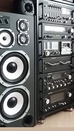 Hifi Stereo, Hifi Audio, Som Retro, Audio Vintage, Audio Rack, Speaker Box Design, Hi Fi System, Sound Stage, Sound Studio