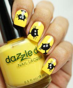 Nail art Christmas - the festive spirit on the nails. Over 70 creative ideas and tutorials - My Nails Yellow Nails Design, Yellow Nail Art, Cat Nail Art, Cat Nails, Classy Nails, Trendy Nails, Nail Lacquer, Nail Polish, Nail Nail