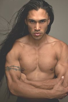 Beautiful Native American model Martin Sensmeier grew up in Yakutat, Alaska belongs to the Tlingit and Koyukon-Athabascan Tribes. Native American Actors, Native American Beauty, American Indians, American Women, Hot Men, Sexy Men, Hot Guys, Sexy Guys, Thank You Lord