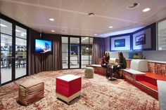 Modern Office Design in Amsterdam Features Laid-Back Work Spaces - http://freshome.com/modern-office-design-Amsterdam/