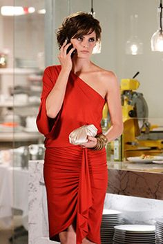 """Kate Beckett (Stana Katic) in a red, one shoulder Michael Kors dress from the episode """"The Third Man"""" Kate Beckett, Stana Katic, Castle Season, Castle Tv Shows, Castle Series, W Two Worlds, Canadian Actresses, Michael Kors Outlet, Most Beautiful Women"""
