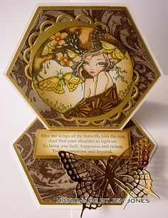 Just because the image is round, doesn't mean that the frame should too - it can be oval! Like in this amazing Sweet Pea card.