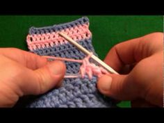 Crochet - How To Change Color Without Knots RH