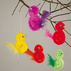 Feather Crafts For Kids – feather crafts Feather Crafts, Bird Crafts, Craft Stick Crafts, Preschool Crafts, Diy And Crafts, Craft Sticks, Easter Crafts For Kids, Toddler Crafts, Diy For Kids