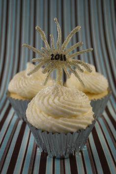 Morning After Mimosa Cupcakes | Orange, Alcohol, Cream Cheese, Holiday, Cupcakes | hollicakes