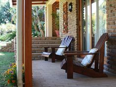 Aan d'Oewer Bed and Breakfast - Aan d'Oewer is a luxurious bed and breakfast located on the banks of the Olifants River, overlooking the golf course. The guest house is ideal for couples and business travellers visiting the Citrusdal ... #weekendgetaways #citrusdal #southafrica