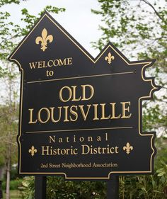 old louisville | The Old Louisville Historic District contains 1,400 structures.