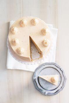 Wedding Dessert: Strawberry Milkshake Cake, Recipe & Photography: @Sugary & Buttery