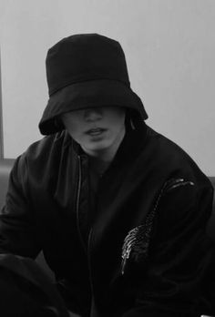 Jungkook Cute, Foto Jungkook, Foto Bts, Namjoon, Taehyung, Bts Black And White, Jeongguk Jeon, Jungkook Aesthetic, Bts Korea