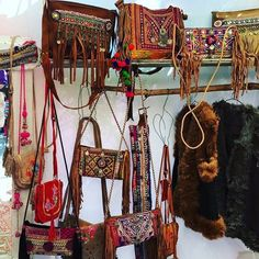 """Shopping goals! Must have bags @flordevidaibiza @lasdaliasibiza  #ibiza #ibizalook #flordevida #leather #bags #lasdalias #hippie #hippiemarket…"""
