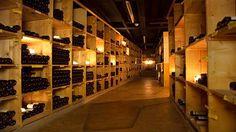 Auch ohne einen solch imposanten Weinkeller kann man den Wein richtig lagern - wenn man einige Regeln befolgt.