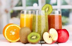 Juicing Benefits: 7 Reasons Why Fresh Juice Is The Healthier Option Healthy Juices, Healthy Drinks, Dietas Detox, Fast Day, Juicing Benefits, Cold Pressed Juice, Fresh Fruits And Vegetables, Juice Cleanse, Body Cleanse