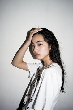 Hand in the head Japanese Models, Japanese Girl, Nana Komatsu Fashion, Komatsu Nana, Portrait Photography, Fashion Photography, Pretty People, Beautiful People, Japan Fashion