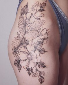 50 Tempting And Attractive High Thigh Floral Tattoo Designs For You - Page 28 of 50 - Chic Hostess - 50 Temptin… in 2020 Hip Tattoo Designs, Floral Tattoo Design, Flower Tattoo Designs, Tattoo Floral, Bird And Flower Tattoo, Floral Thigh Tattoos, Tattoo Bird, Flower Tattoos, Tattoos With Flowers