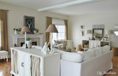 Living Room Design With Stylish Storage