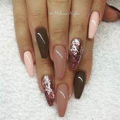 Wedding fall nails designs have that special autumn-ish vibe! #nails #nailart #bridenails