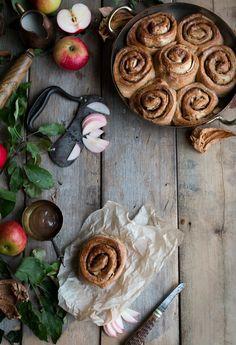 Vegan cinnamon and apple buns - The Little Plantation Blog with Salvia+Limone and Twigg Studios