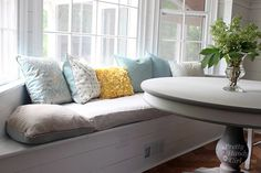 Love this kitchen seating idea Pretty Handy Girl incorporated into her kitchen reno -- built-in window seat in a bay window. If you have basic carpentry skills (or know someone who does), check out this tutorial! Decor, Window Chair, Furniture, Front Room, Window Seat Storage, Home, Bay Window, Bay Window Benches, Bay Window Seat