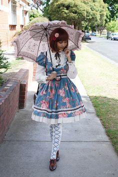 Sweet Classic Lolita http://xylia-x.tumblr.com