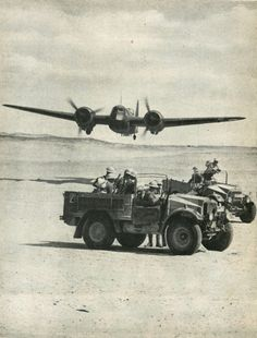 I and a mechanized desert patrol on wartime manoeuvres in Egypt Ww2 Aircraft, Military Aircraft, Bristol Blenheim, Afrika Corps, Aviation Accidents, Bristol Beaufighter, North African Campaign, Old Planes, Vintage Airplanes