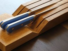 knife board 1 Elegant and Highly Functional Drawer Accessories for Modern Kitchens