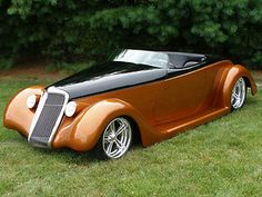 1935 FORD ROADSTER,