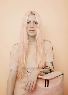 Agnes Lloyd-Platt teams candy-coloured hair with Ally Capellino accessories Pastel Hair, Pink Hair, Pastel Pink, Coloured Hair, Girls Rules, Street Style, Hair Inspiration, Character Inspiration, Design Inspiration