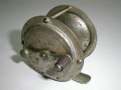 Japanese first reel 1929.Dog brand reel.very rare.