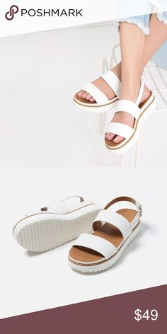 New Zara Flat White sandals with animal print Strap and buckle ankle fastening at the side and platform track sole , Heels height of 2.4 cm Zara Shoes Sandals