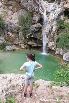 Entretenida y vistosa ruta que recorre varios saltos de agua. Recomendaciones, puntos de interés y consejos para realizar esta hermosa ruta.  #excursion #paseoenfamilia #excursionesenfamilia #cataluña #catalunya #catalunyaexperience #catalunyaturisme #raconsde_catalunya #okcatalunya #total_catalunya #naturaleza_catalunya #gaudeix_cat #catalunyagrafias #clikcat #catalunyaimatge #indretsdecatalunya #catalunya_foto #catalunya_alnatural #senderismo #topcatalunyaphoto #tarragona #tarragonaturisme Parking, Cats, Nature, Travel, Schoolgirl, Places To Visit, Trekking, Walks, Waterfalls