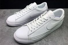 ab2dfab3aace9 Chaussures Nike store www.nkparis.com  Chaussures Nike Femme Chaussures  Nike Blazer blanc.