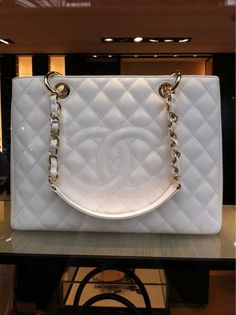 Chanel ~ quilted white handbag