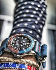 Great pic of this vintage Rolex Pepsi GMT Master, with a blue leather nato with some red details!!