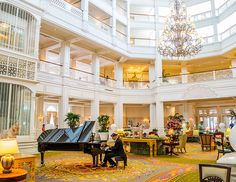 Guide to Disney's Grand Floridian Resort & Spa