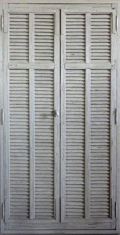 """Portes persiennes à lames """"amérciaines"""" Peinture patinée. Portes de rangement décoratives . Portes Antiques - fabricant restauration et créa..."""