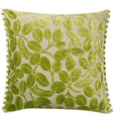 https://i.pinimg.com/236x/b1/b0/bc/b1b0bcaaf4a00c1d5b6a66aac777f69f--green-throw-pillows-toss-pillows.jpg