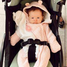 "Marcella Barra Liduario on Instagram: ""Aqui tá fío! E aí?"" Celebrity Babies, Baby Car Seats, Celebrities, Children, Instagram, Young Children, Celebs, Boys, Kids"