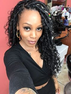 Bohemian Locs You would never guess that this faux locs protective style was done using yarn wraps. Faux Locs Hairstyles, African Braids Hairstyles, My Hairstyle, Twist Hairstyles, Protective Hairstyles, Protective Styles, Hairstyle Ideas, Curly Haircuts, Crochet Braids Hairstyles