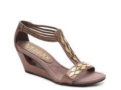 New York Transit Verified Action Wedge Sandal