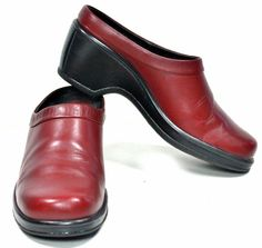 Women's DANSKO Wine Cordovan Leather Professional Clogs sz 6½ - 7 #Dansko #Clogs