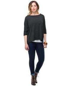 your PURE DOLMAN Top - Heather Grey - UPF 50+. Sun protection meets style!