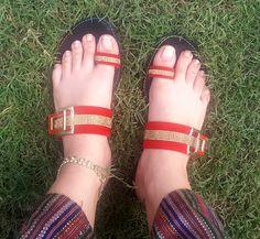 "Rabi Pirzada on Twitter: ""Love grass touching my feet"