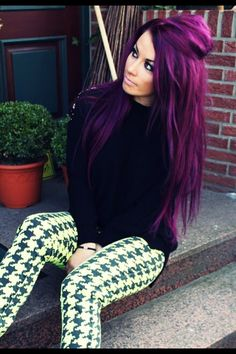 If I got the courage to dye my hair, I would love this.