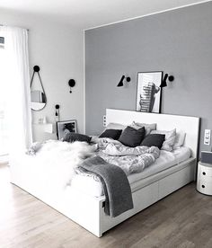 25 black and white bedroom interior design trends for 2019 - bedroom furniture ideas White Bedroom Decor, Room Ideas Bedroom, Bedroom Colors, Home Bedroom, Modern Bedroom, White Bedrooms, Bedroom Black, Grey Room Decor, Light Gray Bedroom