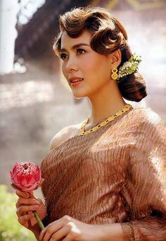 Thai Women And Traditional Dress Cherry Khemupsorn