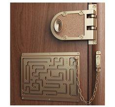 The Defendius Door Chain Maze