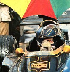 frenchcurious: Ronnie Peterson (JPS - Lotus) - saison 1973 - L'Automobile, décembre 1973
