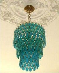 what a lovely chandelier! http://ciaonewportbeach.blogspot.de/