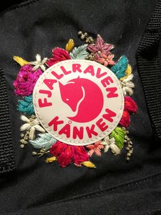 Embroidered Kanken by @nudofrances